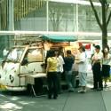 弁当の路上販売に試練、東京都では秋から保冷容器が義務に